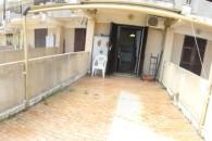 piccola palazzina ottimo 2 locali ristrutturato con ampio terrazzo
