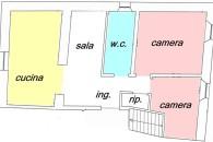 In piccola palazzina ristrutturata ampio 3 locali in perfette condizioni.