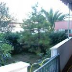 Zona centralissima ottimo 2 locali con giardino cintato. a  per